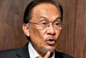 https://www.freemalaysiatoday.com/wp-content/uploads/2013/03/Anwar-Ibrahim-300x202.jpg