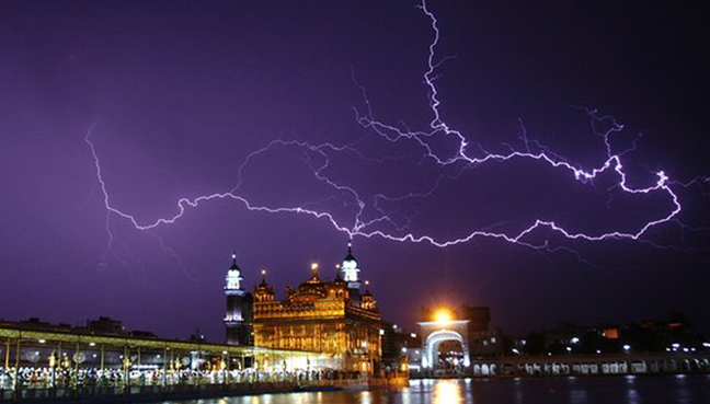 lightning kills 93 mostly farmers in india free malaysia today. Black Bedroom Furniture Sets. Home Design Ideas