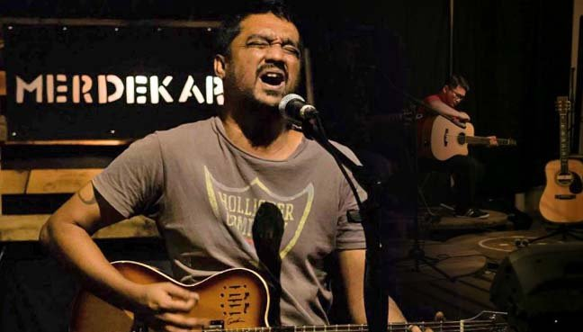 Brian Gomez- Jaguh Kampung and proud of it