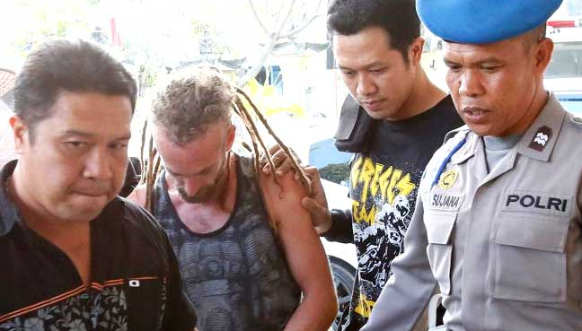 British man accused in Bali police death confesses to fight
