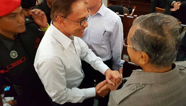 Mahathir, Anwar meet for first time in 18 years