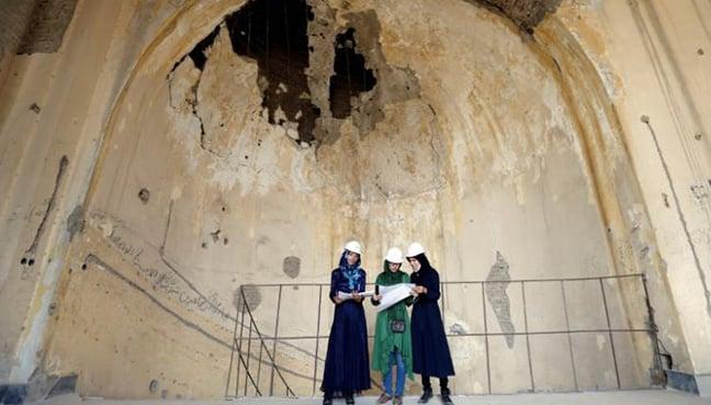 Afghan women seek to rebuild palace destroyed by men