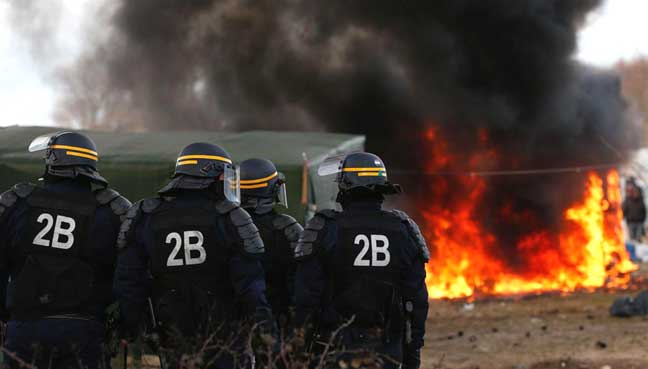 Calais-jungle-demolitions