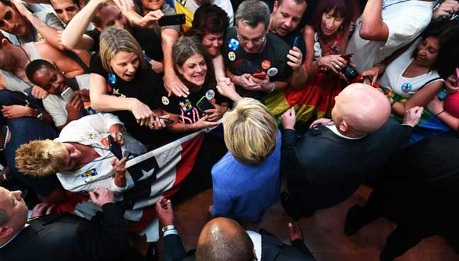 Clinton-supporters-shrug-off-FBI-email-fallout