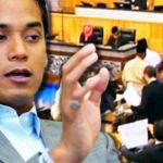Khairy-Jamaluddin_parliment_600