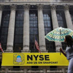 Wall Street lower, Apple set for worst day in 6 months