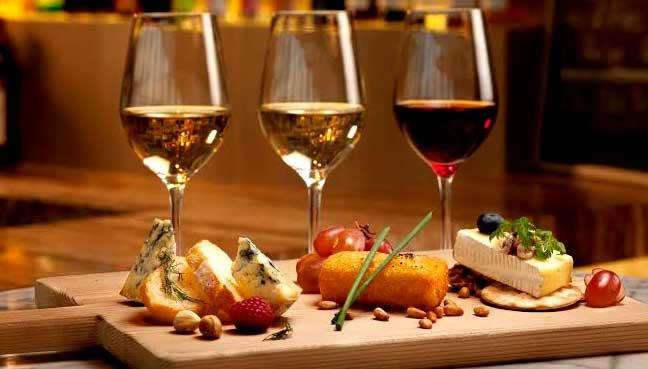 wine-cheese-flight