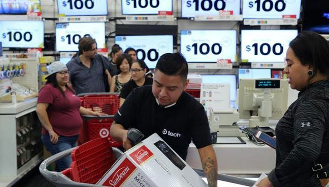 Thanksgiving, Black Friday sales up 9 percent