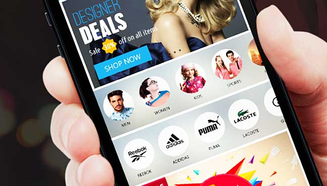 Mobile-use-drives-US-holiday-shopping-gains