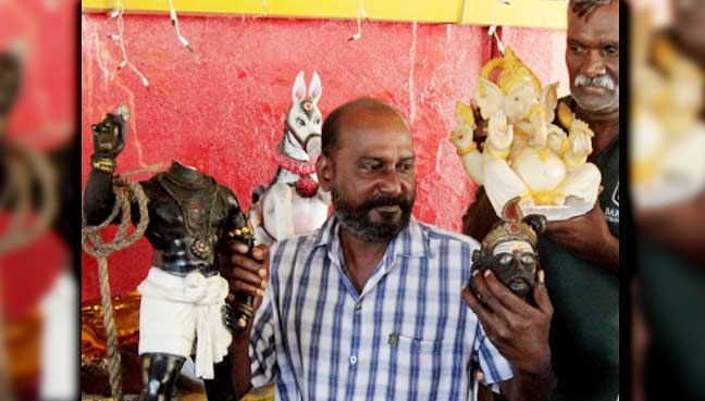 Sri-Raja-Madurai-Veeram-temple