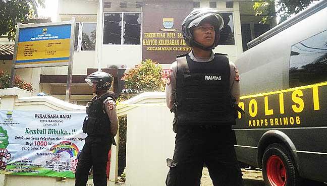 FMT,-Bahasa,-Malaysia,-KL,-Bandung,-Indonesia,-bom,-pengganas,-berbalas-tembakan