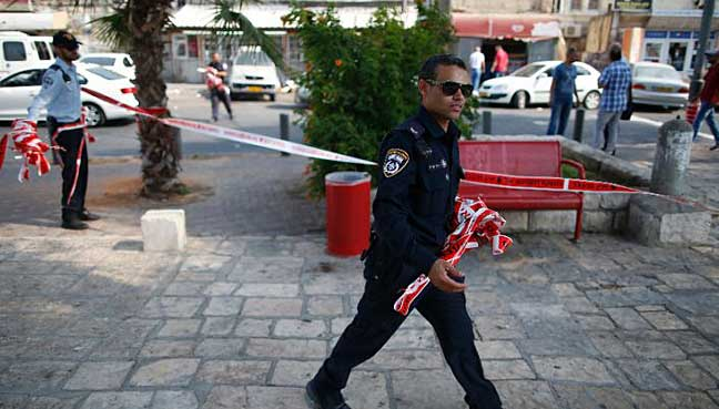 Palestinian injures 6 people in shooting, stabbing attack in occupied territories