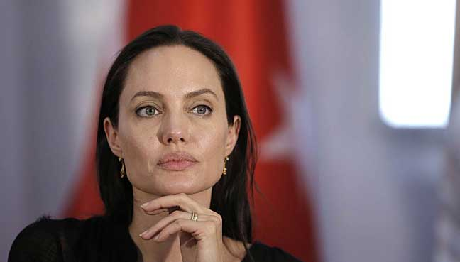 Jolie makes first public appearance after filing for divorce