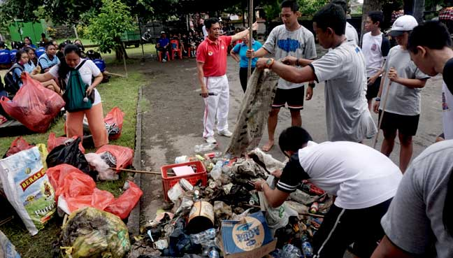Cassava bags: The answer to Indonesia's plastic scourge