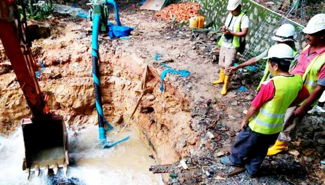 Major pipe burst affects water supply across KL, PJ | Free Malaysia