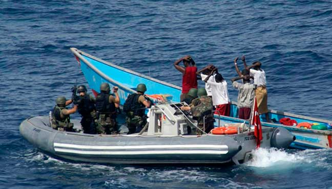 Indian, Chinese navies stop suspected Somali pirate attack
