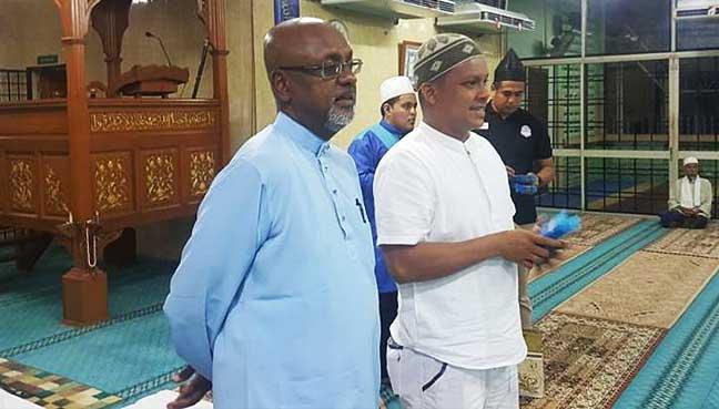 sivarasa-rasiah-dalam-masjid-1