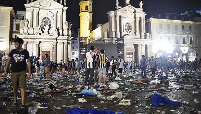 At least 1000 injured in Turin stampede