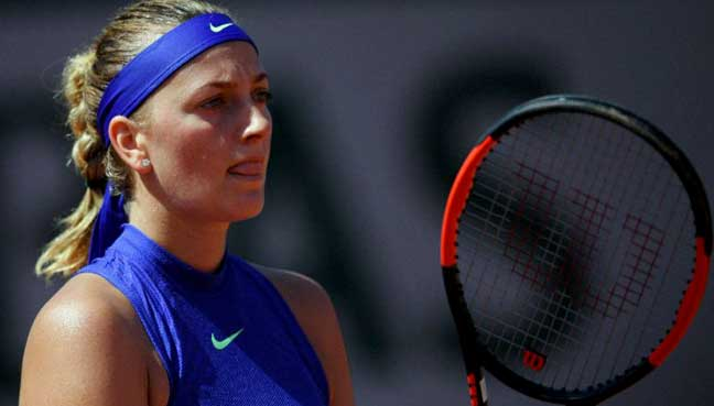 Kvitova sends Wimbledon warning with Birmingham title