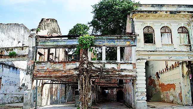 Penang-Prewar-shophouses-4