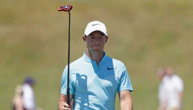Five way tie at top of US Open leaderboard; Fowler one back