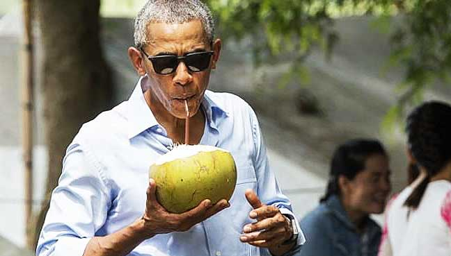 Obama and family go rafting in Bali