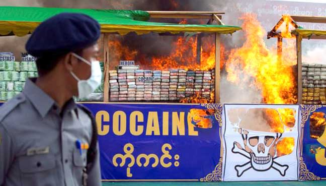 thailand_destroy_drug_600