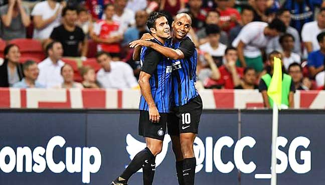 Eder-strikes-twice-as-Inter-ease-past-Bayern-in-Singapore