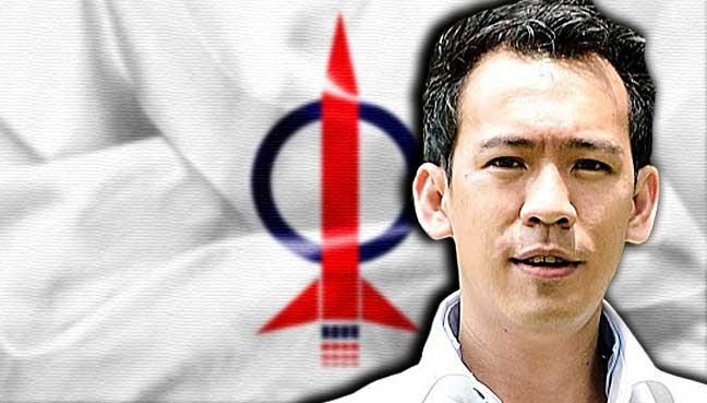 Joshua-Woo-Sze-Zeng-dap-flags-1