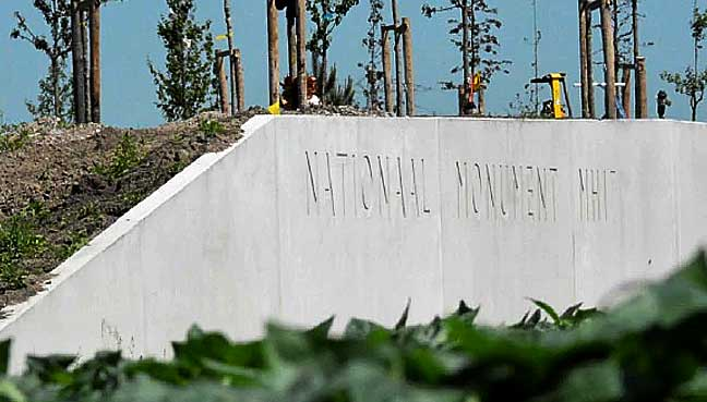 national-monument-mh17-1