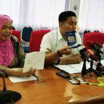 Pengarah JPV Pulau Pinang, Dr Dr Siti Salmiyah Tahir menggesa pemilik mendapatkan Kad Pengenalan Haiwan Malaysia atau pasport haiwan untuk haiwan peliharaan mereka.