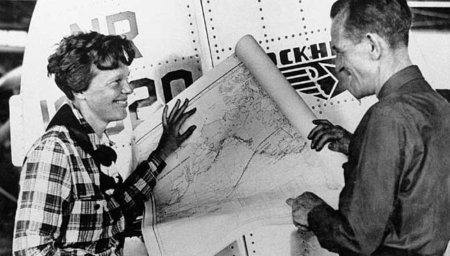 Possible Amelia Earhart Pic May Show She Survived Flight