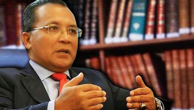 Noor-Ehsanuddin-Mohd-Harun-Narrashid-fgv-felda-letak-jawatan-malaysia