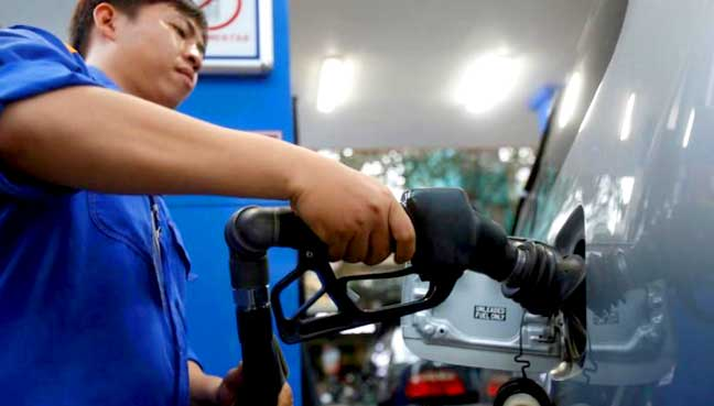 Oil prices steady after overnight tumble on dollar strength, China concerns