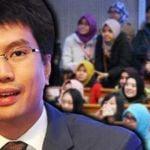 Tunku-Zain-Al-Abidin-Tuanku-Muhriz-student-study-overseas