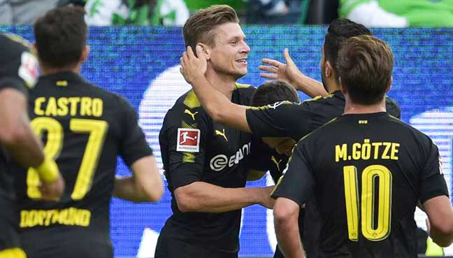 Ruthless Dortmund maul Wolves in Bundesliga start