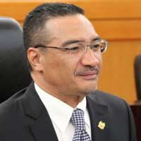 Hishammuddin says the naval vessel obtained permission from Wisma Putra