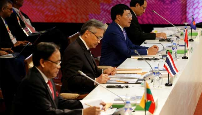 SE Asian ministers endorse sea code framework