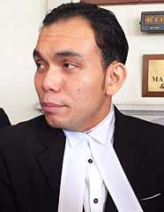 Lawyer Syahredzan Johan, who represented the voters.
