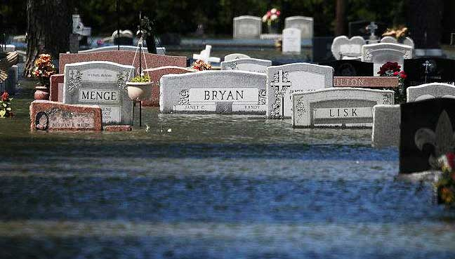 Irma threatens to disturb Florida's final resting places