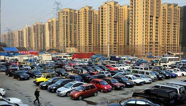 China Aims To End Sale, Production Of Gas-Powered Cars