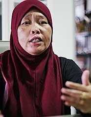 Linda Norman berkata ibu selepas bersaliin dijaga seperti puteri oleh kakitangan yang terlatih.