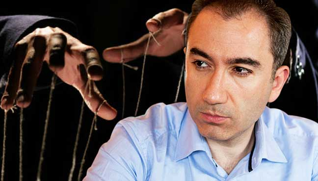 Mustafa-Akyol-puppet