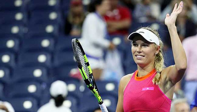 Wozniacki-stuns-Muguruza-advances-to-Tokyo-final
