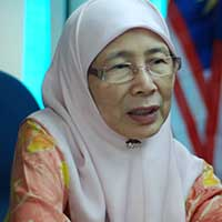 Wan Azizah confirms that PKR held informal talks with certain Sabah opposition parties to work out a deal for GE14.