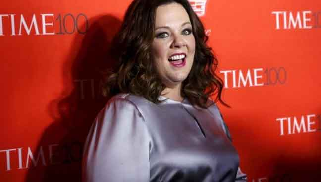 Sean Spicer wants Melissa McCarthy to 'share' her Emmy