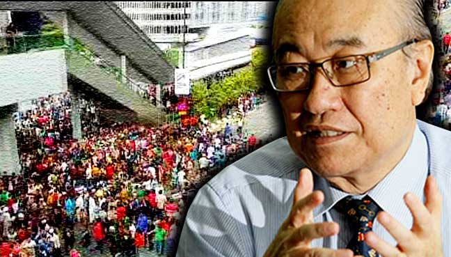 Minister: Foreigners can protest, subject to local laws