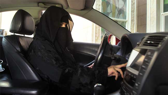 saudi-women-dri