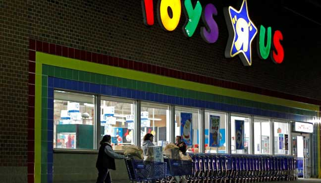 Toys 'R' Us CEO sees future with smaller shops