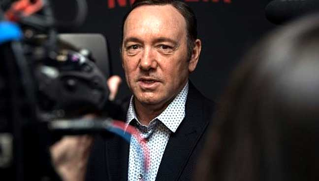 Kevin-Spacey-comes-out-as-g